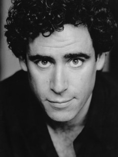 Stephen-Mangan-headshot